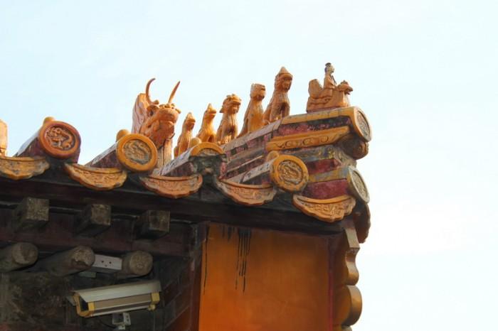крыши дворцов