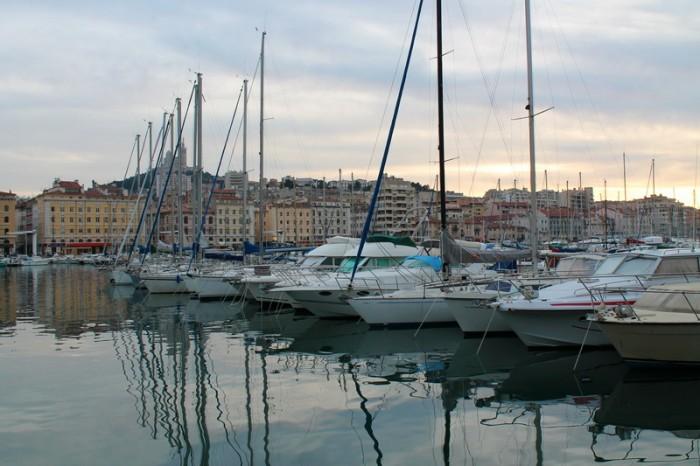 порт в Марселе