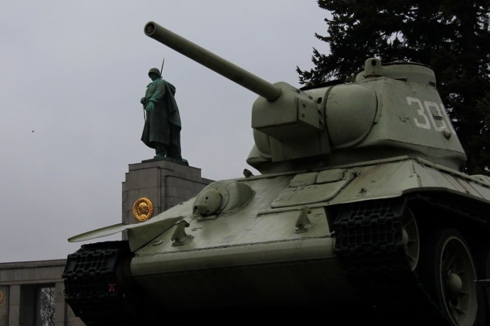 Памятник советским воинам в Берлине