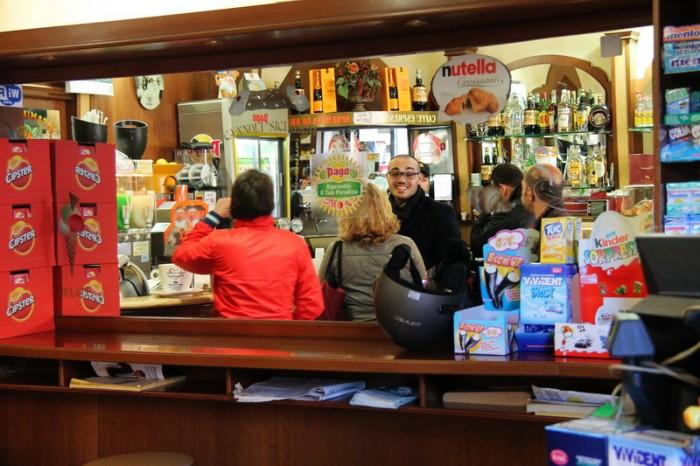 в баре Палермо
