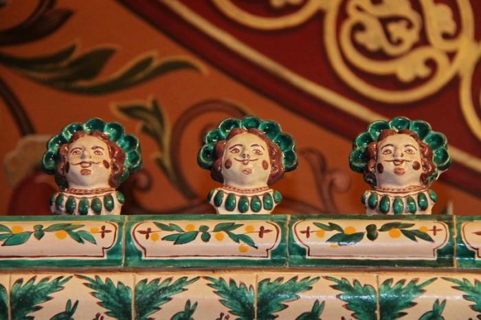 Печь в кабинете дворца Юсуповых
