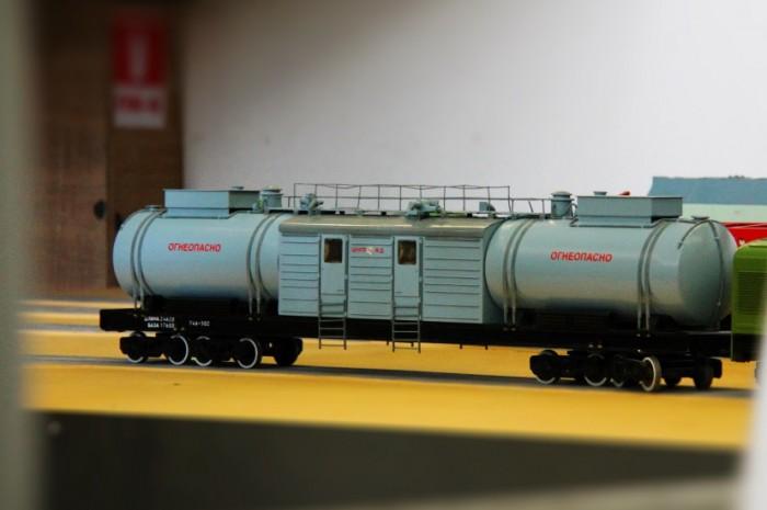 макет поезда